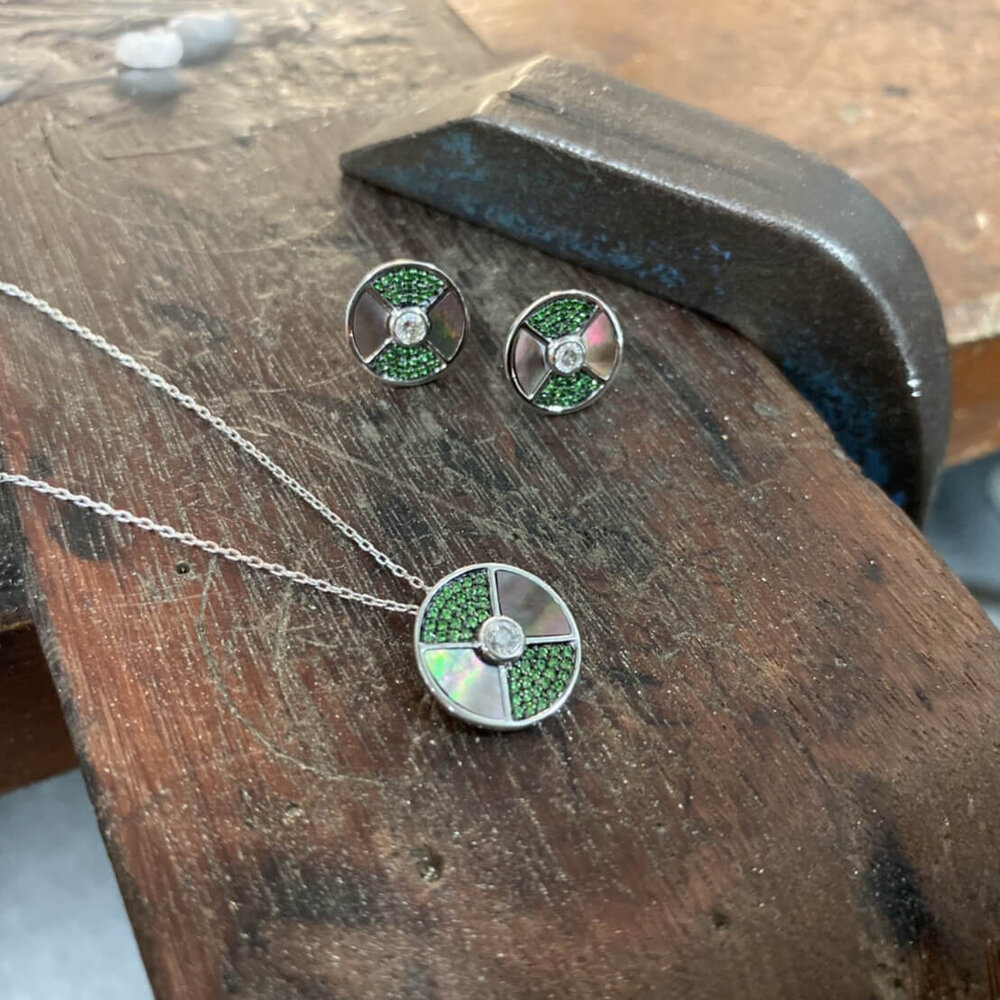 Diamond And Tsavorite Necklace